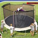 Jak zabavit v létě celou rodinu? Přece na trampolíně!