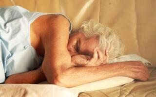 Jak dlouho člověk potřebuje spát?