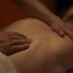 Děláte si doma masáže? Pořiďte si masážní oleje či emulze a poznáte citelný rozdíl!