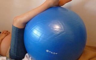 15 cviků na velkém míči – 1. díl
