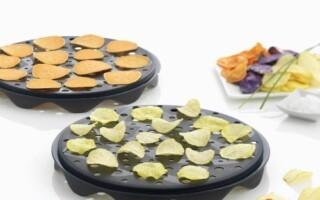 Máte rádi bramborové lupínky? Udělejte si výtečné domácí chipsy zdravě a během pár minut!