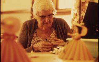 Vztah lidí ke starším osobám