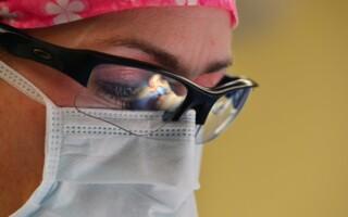 Máte strie po těhotenství, zhubnutí nebo se vám objevily křečové žíly? Využijte pomoc laseru.