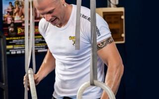 Ke zlepšení fyzičky a zvládnutí bojových sportů vám nejlépe pomůže osobní trenér
