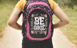 Jak vybrat školní batoh? S ohledem na věk dítěte a jeho zdraví