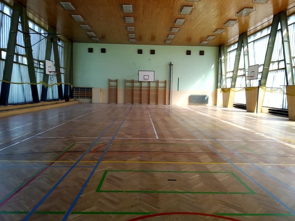 Rekonstrukcí sportovní podlahy přispějete i k dobrému zdraví sportovců